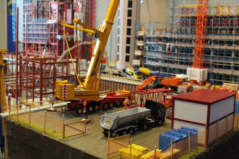 Movimentazione e sollevamento merci nelle aziende produttrici